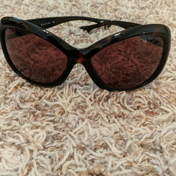 214c9aa2fdc0 Tom Ford Veronique tortoise sunglasses dark brown.  M 5b870ae495199654412f08a2